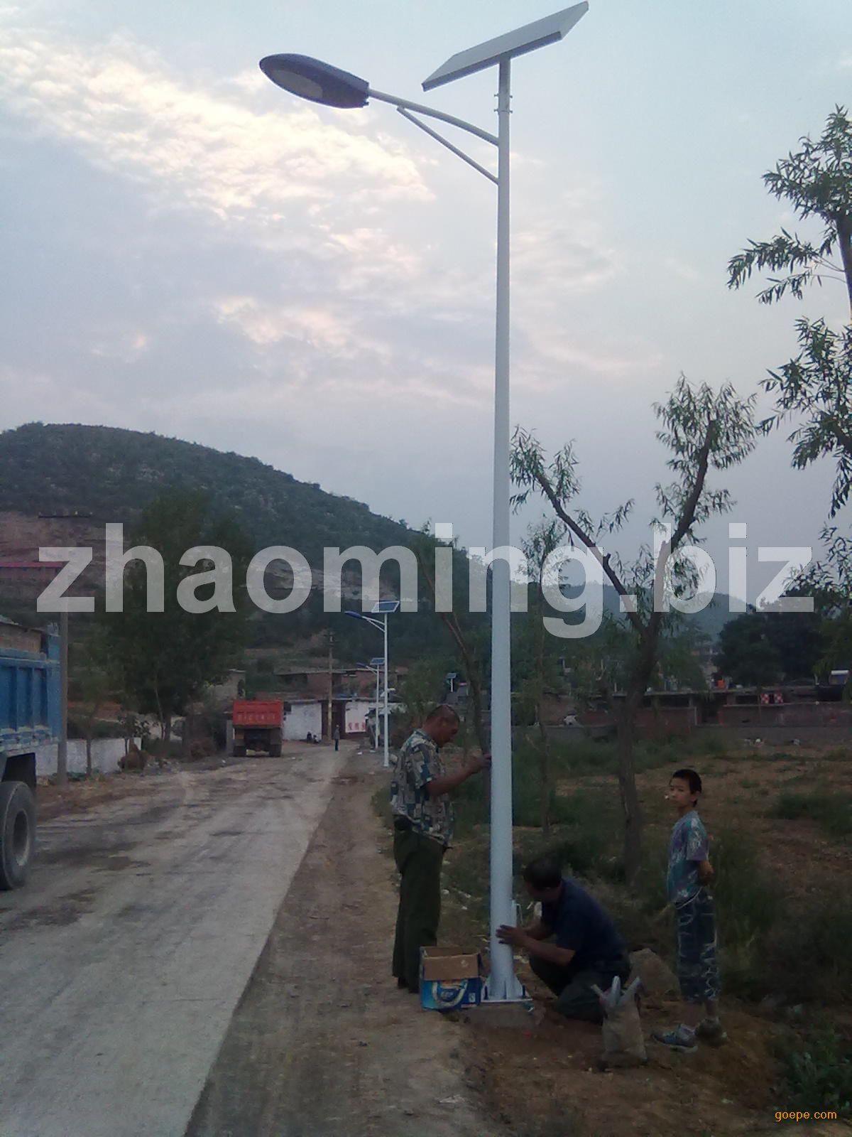 成都太阳能路灯厂2/6M农村太阳能灯